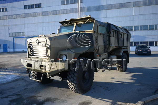 Typhoon MRAP family vechiles - Page 2 JZ3Rr